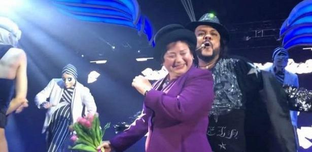 Филипп Киркоров заставил танцевать бабушку Бузовой