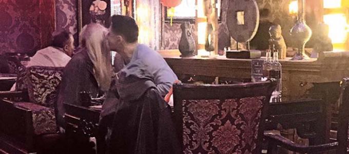 Тимура Батрутдинова застукали с 25-летней блондинкой