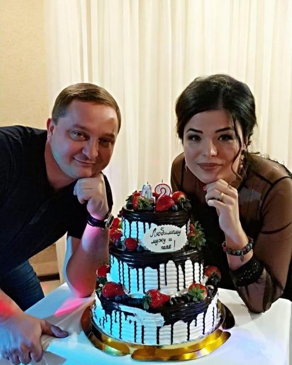 Роман Худяков с женой Алесей