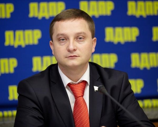 Роман Худяков был членом ЛДПР