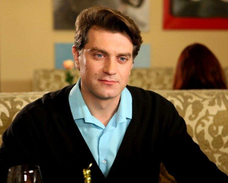 Личная жизнь, жена и дети актера Алексея Зубкова